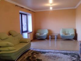 4+-комнатная квартира Калининград, ул. Чайковского