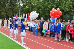 У школы №31 появилась многофункциональная спортивная площадка