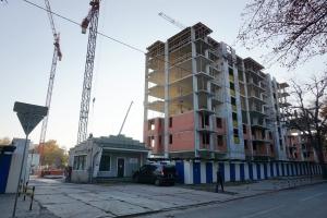 Стройка на Леонова, 55: жилой комплекс на месте бывшего завода